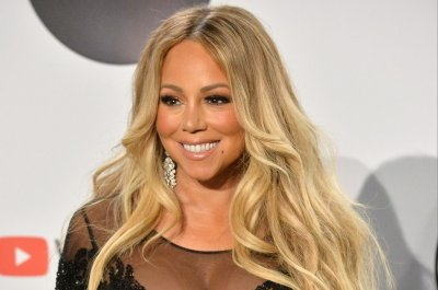 Mariah Carey receives Icon Award at 2019 Billboard Music Awards