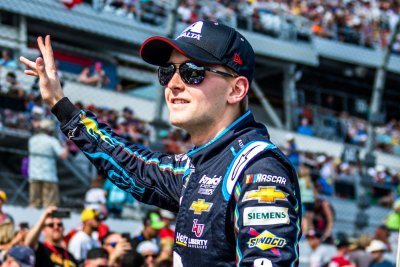 NASCAR: William Byron's pit crew out for Martinsville due to COVID-19 positives