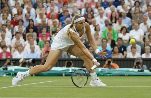 Lisicki survives raft of Auckland upsets
