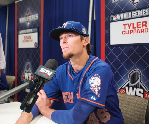 New York Yankees acquire reliever Tyler Clippard from Arizona Diamondbacks