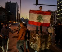 Lebanon faces dangerous impasse amid calls for political change
