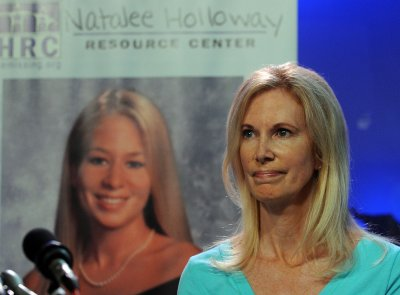 Holloways feud over declaring Natalee dead
