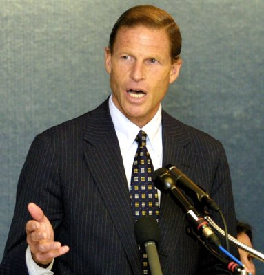 Blumenthal regrets comments on service