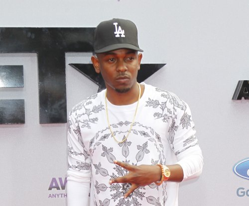 Kendrick Lamar and Big Sean win big at BET Hip-Hop Awards