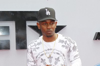 Kendrick Lamar and Big Sean win big at BET Hip-Hop Awards