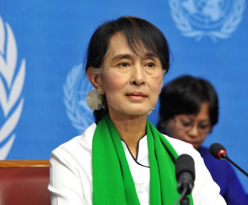 Myanmar votes in first open election in 25 years; Suu Kyi win expected