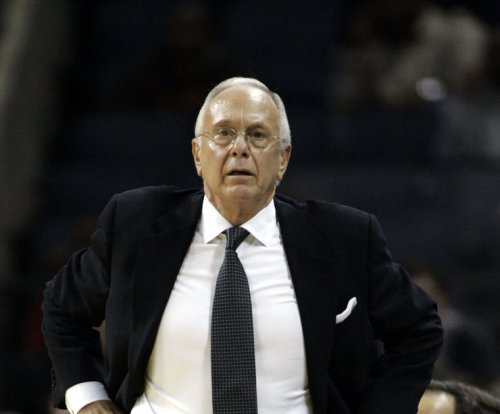 Hall of Fame coach Larry Brown resigns at SMU