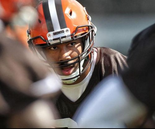 Cleveland Browns sign No. 1 pick Myles Garrett for $30.4M