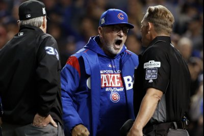 NLCS: Umpire admits he was 'dead wrong' on Curtis Granderson call