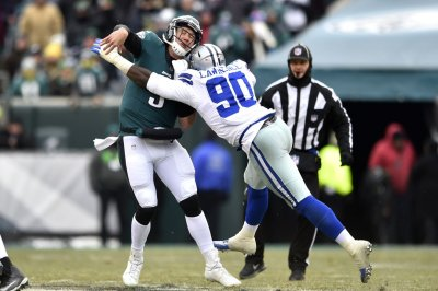 Dallas Cowboys place franchise tag on DeMarcus Lawrence for second time