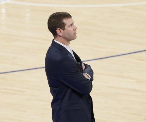 Celtics coach Brad Stevens meets with team leaders after locker room incident