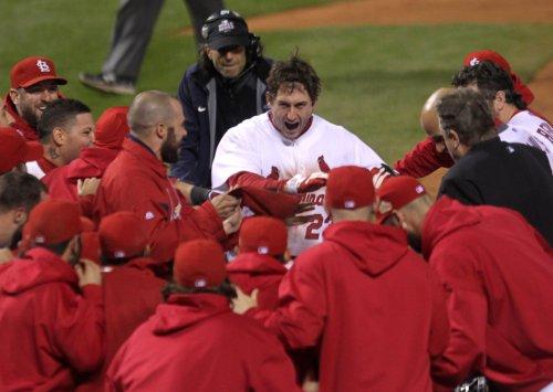 MLB: St. Louis 10, Texas 9 (11 innings)