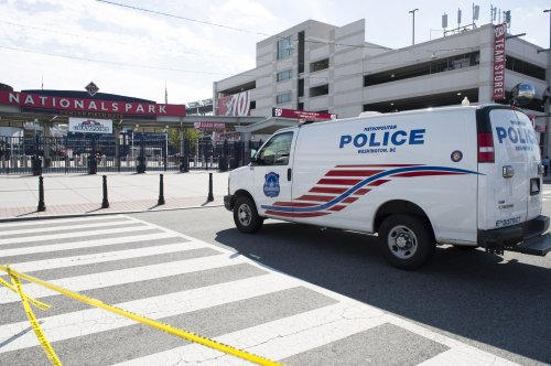 D.C. police officer charged with prostituting teen girls
