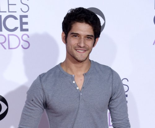 Tyler Posey faces off with Gigi Hadid in 'Lip Sync Battle' promo