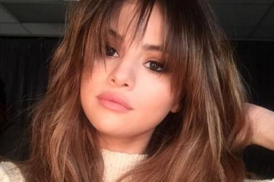 Selena Gomez changes up hairstyle with bangs
