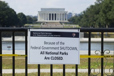 Report: More than 100 U.S. lawmakers gave up pay after shutdown