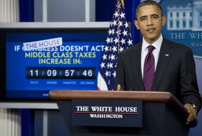 Obama: Impasse means tax hike