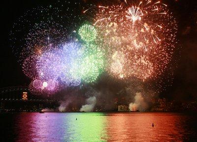Blue fireworks usher in Aussie New Year's