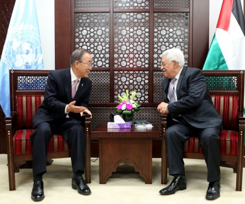UN's Ban meets with Netanyahu, Abbas; urges calm