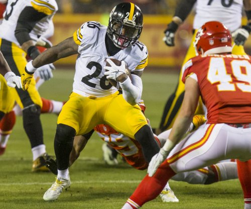 Unsigned Le'Veon Bell absent from Pittsburgh Steelers' minicamp