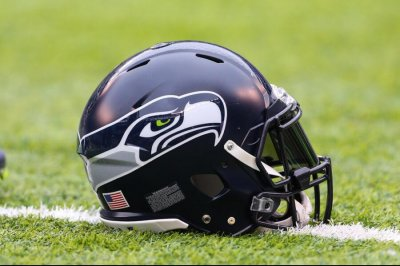 Reports: Seahawks end partnership with Papa John's