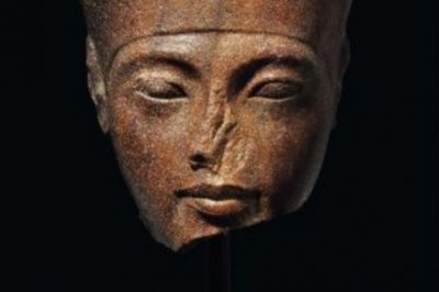 Christie's sells controversial Tut sculpture for $6 million