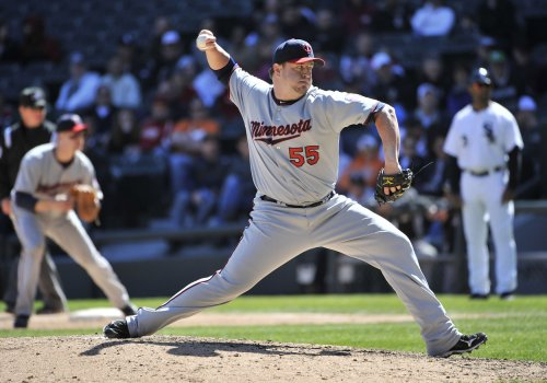 Twins re-sign reliever Matt Capps