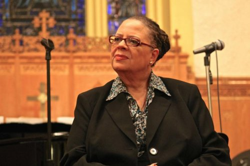 Karen Lewis bows out of Chicago mayoral race reportedly because of brain tumor