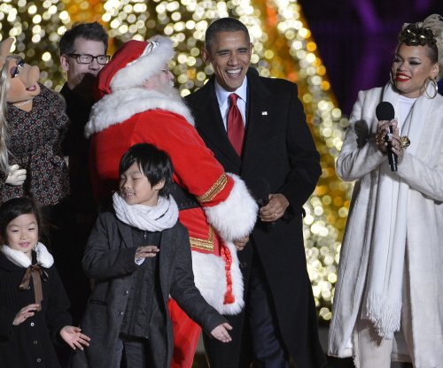 Reese Witherspoon, Crosby, Stills & Nash join first family for National Christmas Tree Lighting