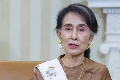 Myanmar's Aung San Suu Kyi blames fake news amid crisis