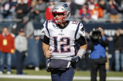 Patriots do just enough to defeat Bills, 25-6