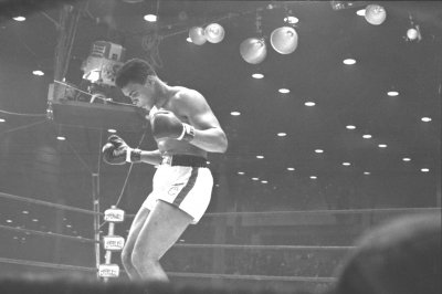 Muhammad Ali joins Twitter on 50th anniversary of first Sonny Liston title fight
