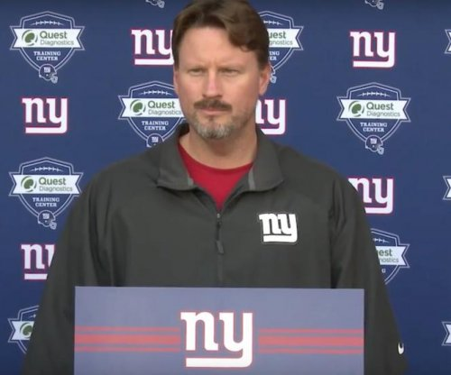 Philadelphia Eagles talk with New York Giants OC Ben McAdoo about coaching job