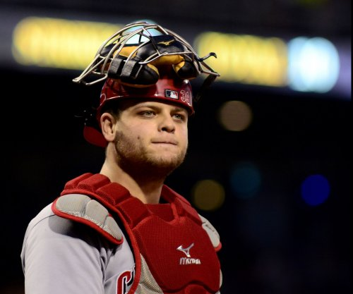 Cincinnati Reds lose Devin Mesoraco for season before rainout