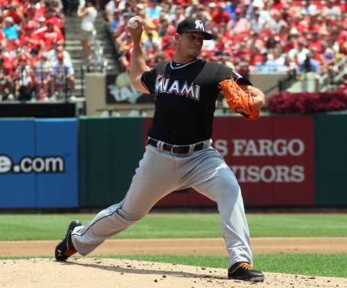 Jose Fernandez outpitches Clayton Kershaw as Miami Marlins top Los Angeles Dodgers