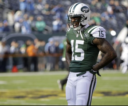 Status of New York Jets WRs Brandon Marshall, Eric Decker for Sunday uncertain