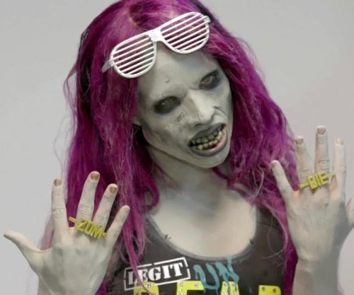 WWE's Sasha Banks turns into a zombie and scares Raw Superstars