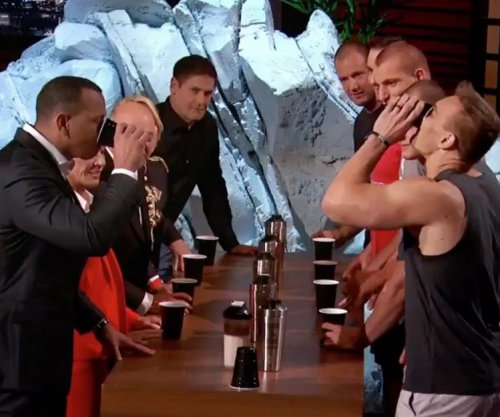 Rob Gronkowski's family demolishes Alex Rodriguez, Mark Cuban in flip cup battle