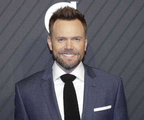 Joel McHale: New Netflix show will 'make fun of everything'