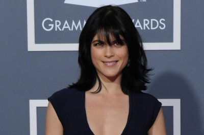 Selma Blair says she was joking about Cameron Diaz retiring