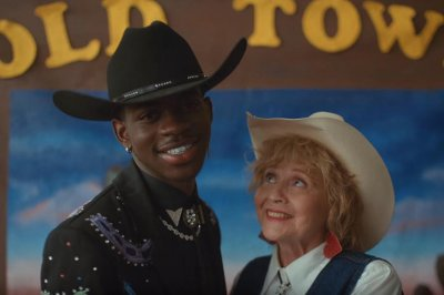 Watch: Lil Nas X, Billy Ray Cyrus time travel in 'Old Town