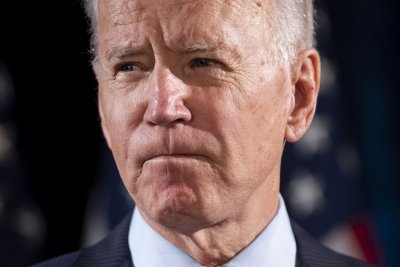 Biden doesn't support 'defund police' movement, campaign says