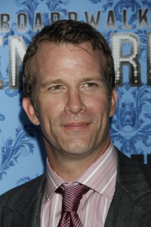 Thomas Jane is returning to TV in the Syfy series 'The Expanse'