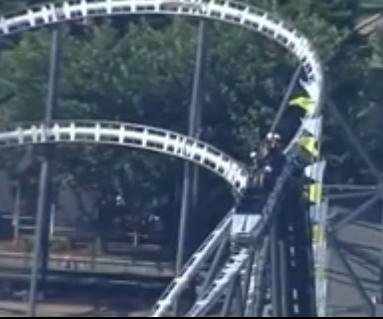Fire crews rescue eight after Oklahoma City roller coaster stalls