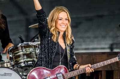 Sheryl Crow releases new single featuring Stevie Nicks, Maren Morris