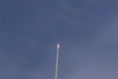 Air Force tests conventional ground-launched ballistic missile in California