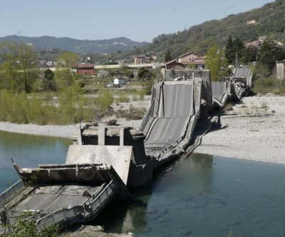1,300-foot-long bridge collapses in northern Italy; 1 hurt