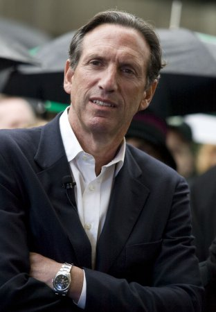 Starbucks CEO: Stop giving to campaigns