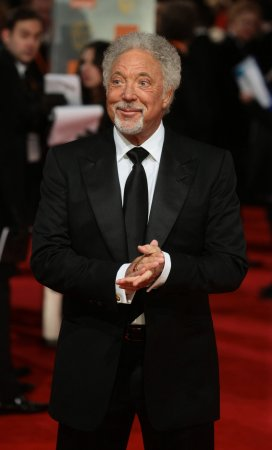 Tom Jones pulls out of Olympic concert