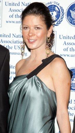 Zeta-Jones may star in 'Cleopatra' musical